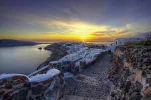 Santorini : Un havre de paix aux roches mystérieuses