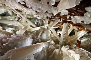 Naïca : la grotte aux cristaux géants