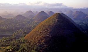 Les Chocolate Hills : les collines mystérieuses à la couleur cacao