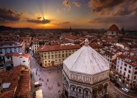 Piazza del Duomo : la place aux monuments