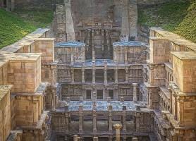 Rani ki Vav: un puits à degrés de 1000 ans