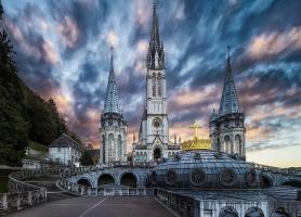 Sanctuaires de Lourdes : là où s'opèrent des miracles !