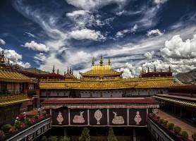 Temple de Jokhang : un sanctuaire bâti en 639