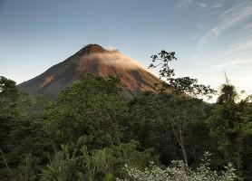 Parc du Volcan Arenal : le volcan le plus actif du Costa Rica
