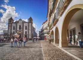 Centre historique d'Évora: un coin chargé d'histoire