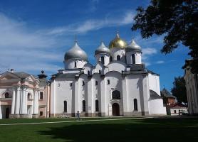 Kremlin de Novgorod: une forteresse musée