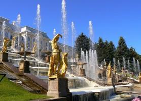 Palais de Peterhof : une beauté paradisiaque