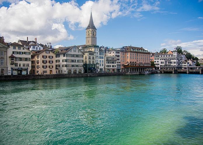 Zurich suisse tourisme que faire que visiter et for Piscine zurich