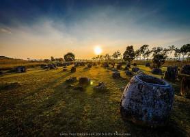 Plaine des jarres: les mystérieuses jarres du Laos