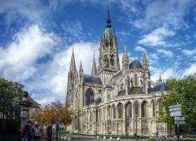 Bayeux : découvrez une ville chargée d'histoire !