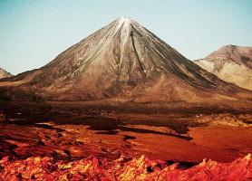 Volcan Licancabur: une fantaisie naturelle