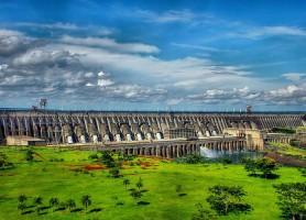 Barrage d'Itaipú : la montée en puissance d'une usine hydroélectrique