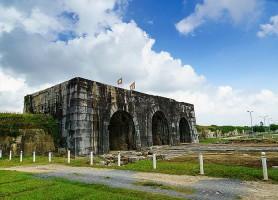 Citadelle de la dynastie Hô: splendeur hors du temps