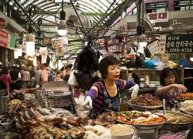 Marché de Gwangjang: la caverne de la gastronomie et des fringues