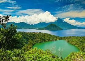 Mont Gamalama: un mont volcanique prodigieux