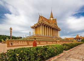 Oudong: une nécropole monumentale de la royauté