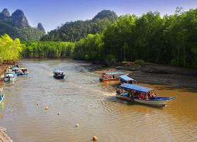 Parc naturel de Sungai Kilim: une ville merveilleuse