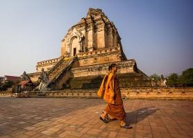Wat Chedi Luang: le merveilleux et historique temple Thaïlandais