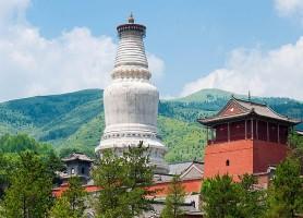 Wutaishan: découvrez la montagne aux cinq pics!