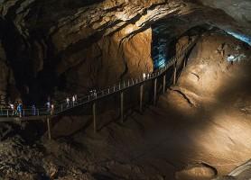 Grotte de Nouvel Athos: le paradis souterrain