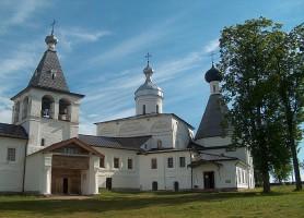 Monastère de Ferapontov: le charmant salon de vernissage de Dionisius!