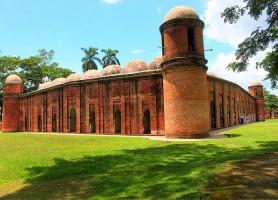 Mosquée de Bagerhat: un complexe religieux à l'échelle de ville!