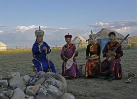 Touva: un voyage au cœur de la nature sibérienne