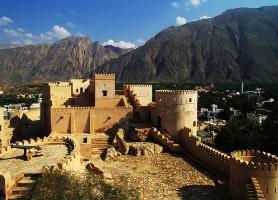 Fort de Nakhal: l'un des plus beaux forts à Oman
