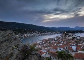 Poros: découvrez ce merveilleux Olympe des îles!