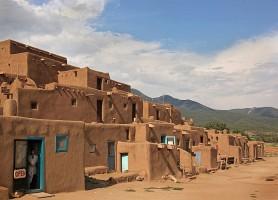 Taos Pueblo: un remarquable village des États-Unis