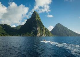 Pitons de Sainte-Lucie: les gigantesques récifs