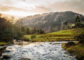 Glendalough: l'enchanteresse vallée des deux lacs
