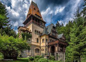 Château de Pelișor: découvrez cette charmante petite forteresse