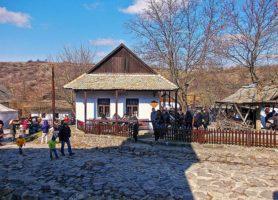 Hollókő: au cœur d'un village purement traditionnel