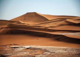 Erg Chegaga : au cœur d'une vaste étendue de sable