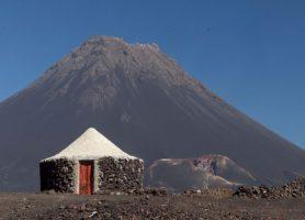 Île de Fogo: découvrez l'emblématique île volcan