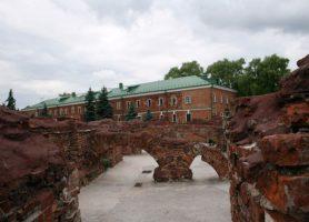 Forteresse de Brest: au cœur d'une forteresse historique