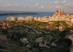 Mellieha: à la rencontre de la belle dame de Malte