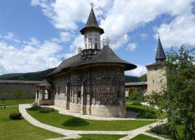 Monastère de Sucevița: la pieuse beauté monastique