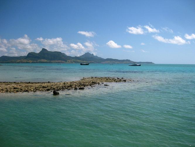 Blue Bay: découvrez cette magnifique mer bleue
