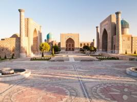La place du Régistan : la perle architecturale d'Asie Centrale