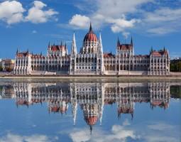 Parlement hongrois : 5 bonnes raisons pour aller le visiter