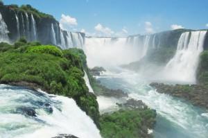 Chutes d'Iguazu: merveille naturelle entre le Brésil et l'Argentine