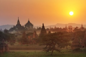 Bagan: site archéologique au cœur de la jungle birmane