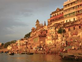 Vârânasî: les rives mystiques du Gange
