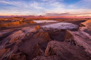 La Vallée de la Lune : des cratères dans le désert