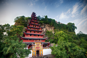 Pagode Shibaozhai : les douze étages qui mènent au temple sur la colline