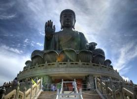 Bouddha de Tian Tan : une statue de 250 tonnes !