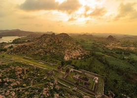 Ensemble monumental de Hampi: un merveilleux complexe de temples