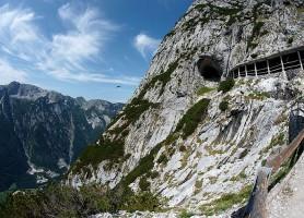 Grotte d'Eisriesenwelt : la cavité glacière la plus étendue du monde